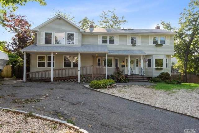 5 Ponds Edge Rd, Oyster Bay, NY 11771 (MLS #3240843) :: Frank Schiavone with William Raveis Real Estate