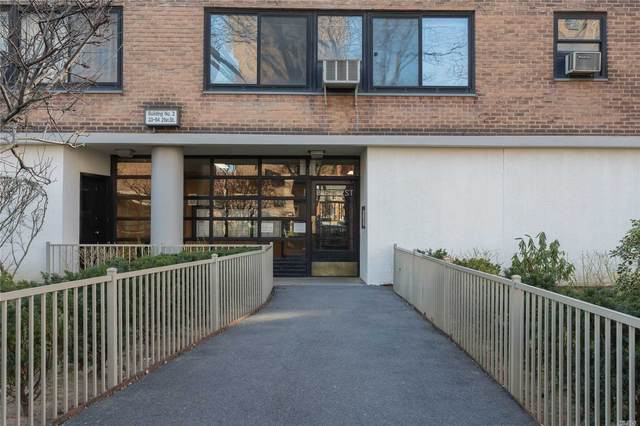 33-64 21 Street 15A, Long Island City, NY 11106 (MLS #3240847) :: Signature Premier Properties
