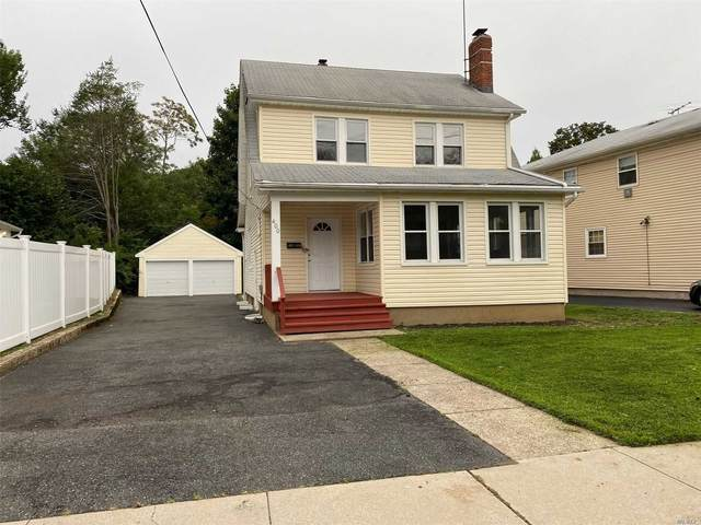 400 Woodfield Rd, W. Hempstead, NY 11552 (MLS #3240973) :: William Raveis Legends Realty Group