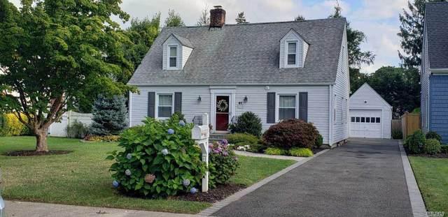61 Calvin Avenue, Syosset, NY 11791 (MLS #3240974) :: The Home Team