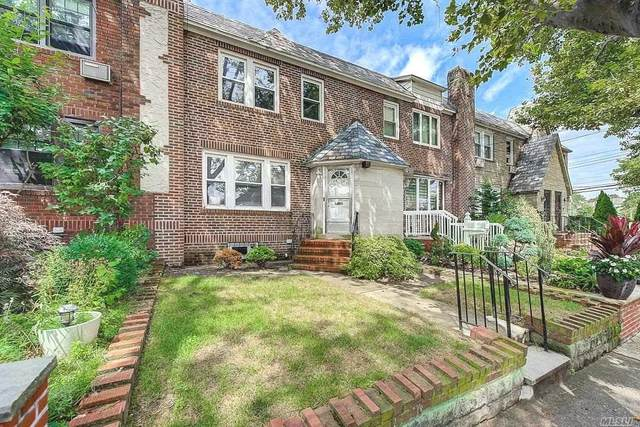 65-08 78th Street, Middle Village, NY 11379 (MLS #3241774) :: Signature Premier Properties