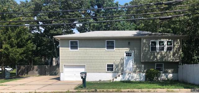 201 Peconic Ave, Medford, NY 11763 (MLS #3242171) :: Mark Boyland Real Estate Team