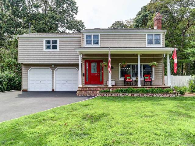 146 Rollstone Avenue, W. Sayville, NY 11796 (MLS #3242787) :: Keller Williams Points North - Team Galligan