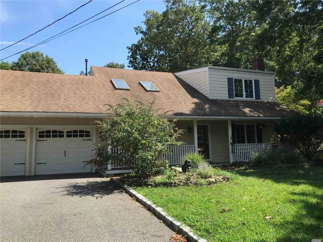 15 Walnut Dr, Shoreham, NY 11786 (MLS #3242801) :: Keller Williams Points North - Team Galligan