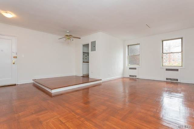 110-31 73rd Road 3L, Forest Hills, NY 11375 (MLS #3243997) :: Cronin & Company Real Estate
