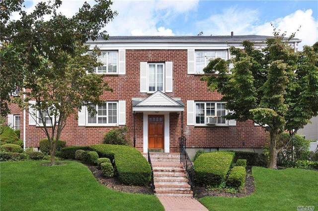 15 Nathan Hale Drive 45A, Huntington, NY 11743 (MLS #3247771) :: William Raveis Baer & McIntosh