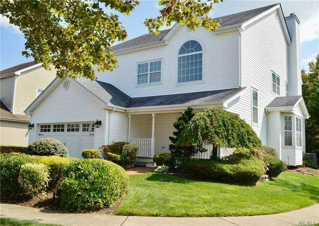 115 Hadley Place, Melville, NY 11747 (MLS #3250044) :: Kendall Group Real Estate | Keller Williams