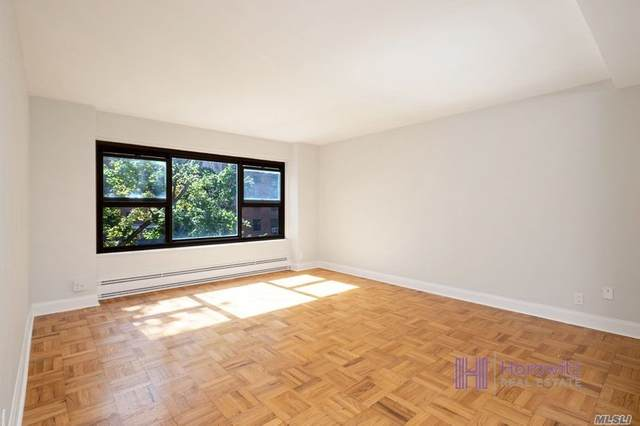 21-20 33rd Road 3A, Astoria, NY 11106 (MLS #3250115) :: Frank Schiavone with William Raveis Real Estate