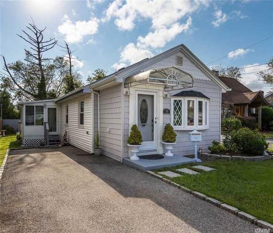 32 Hewlett Point Avenue, E. Rockaway, NY 11518 (MLS #3250396) :: Nicole Burke, MBA | Charles Rutenberg Realty