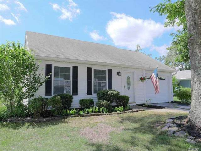 326 Brownfield Drive, Ridge, NY 11961 (MLS #3250574) :: William Raveis Baer & McIntosh
