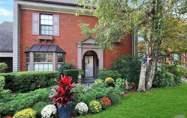 105 Harbour Lane, Bay Shore, NY 11706 (MLS #3253404) :: Mark Seiden Real Estate Team