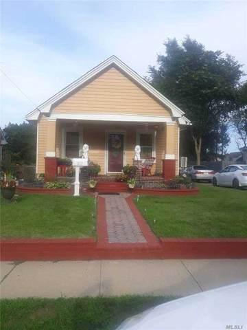 817 Davis Ave, Uniondale, NY 11553 (MLS #3254161) :: Nicole Burke, MBA | Charles Rutenberg Realty