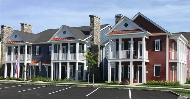 32 Michael Lane, East Islip, NY 11730 (MLS #3254234) :: Cronin & Company Real Estate