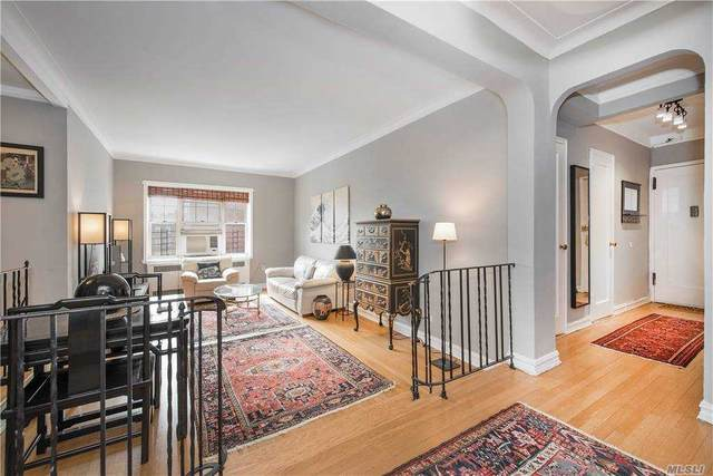 76-36 113th Street 6P, Forest Hills, NY 11375 (MLS #3254753) :: The Home Team