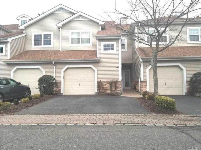 63 Carriage Lane, Plainview, NY 11803 (MLS #3255092) :: Nicole Burke, MBA | Charles Rutenberg Realty