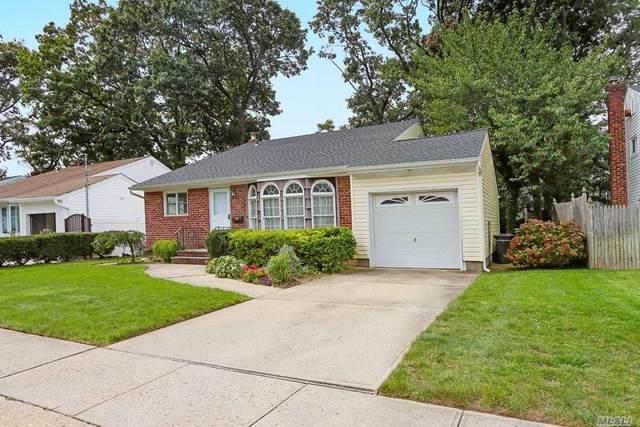 1532 Walnut Avenue, Merrick, NY 11566 (MLS #3255673) :: The Home Team