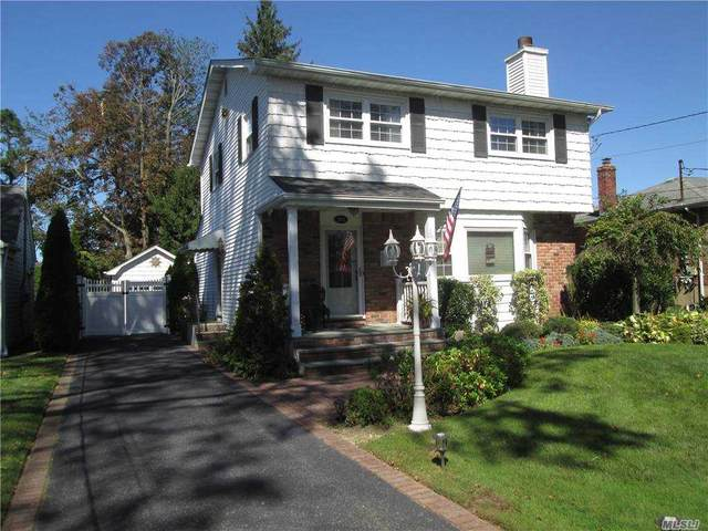 964 Old Britton Road, N. Bellmore, NY 11710 (MLS #3255714) :: The Home Team