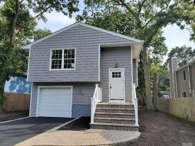 26 Ozark St, Ronkonkoma, NY 11779 (MLS #3255914) :: Kendall Group Real Estate | Keller Williams