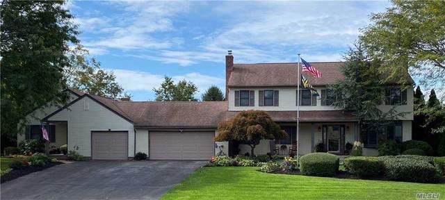 895 Highland Rd, Cutchogue, NY 11935 (MLS #3256305) :: Mark Seiden Real Estate Team