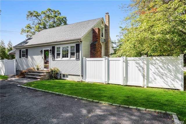 2396 Feuereisen Ave, Ronkonkoma, NY 11779 (MLS #3256319) :: Cronin & Company Real Estate