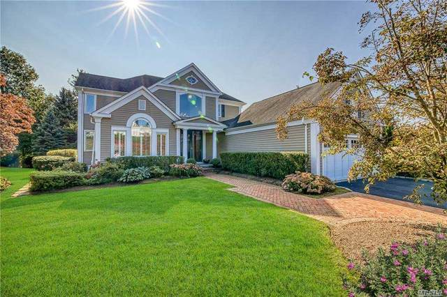 15 Gracewood Drive, Manhasset, NY 11030 (MLS #3256377) :: Cronin & Company Real Estate