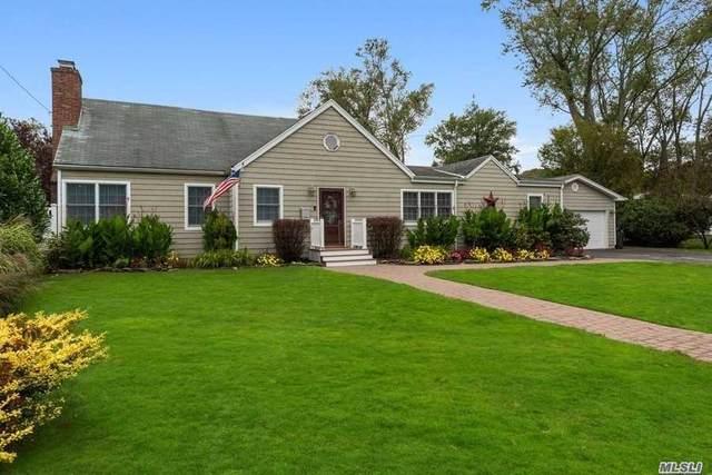 29 Alexander St, Babylon, NY 11702 (MLS #3256911) :: Mark Seiden Real Estate Team