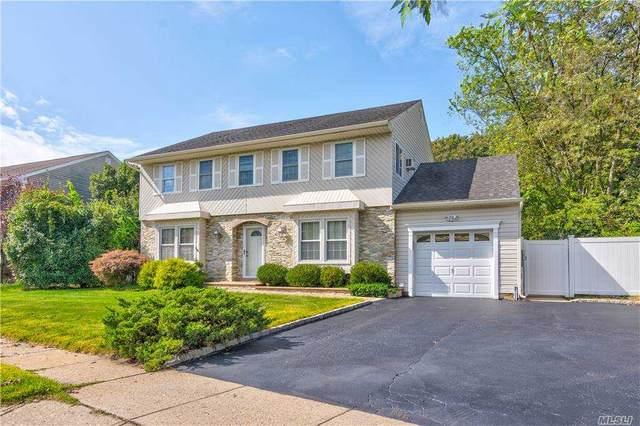 55 Shadow Grove Ln, Holbrook, NY 11741 (MLS #3257010) :: Mark Seiden Real Estate Team