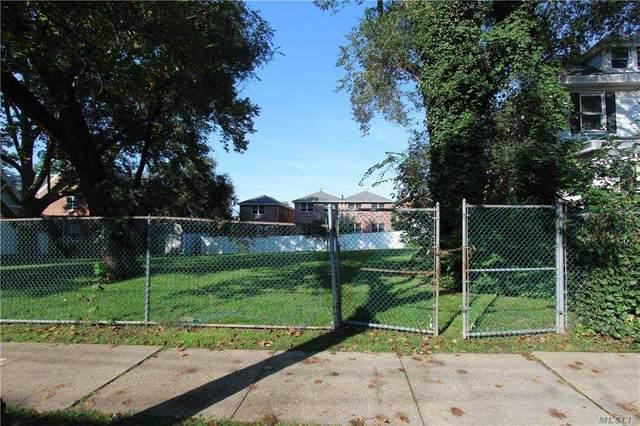 12-38/40 119th Street, College Point, NY 11356 (MLS #3257341) :: Carollo Real Estate