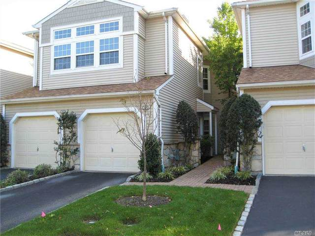 10 Sagamore Drive #207, Plainview, NY 11803 (MLS #3258016) :: Cronin & Company Real Estate