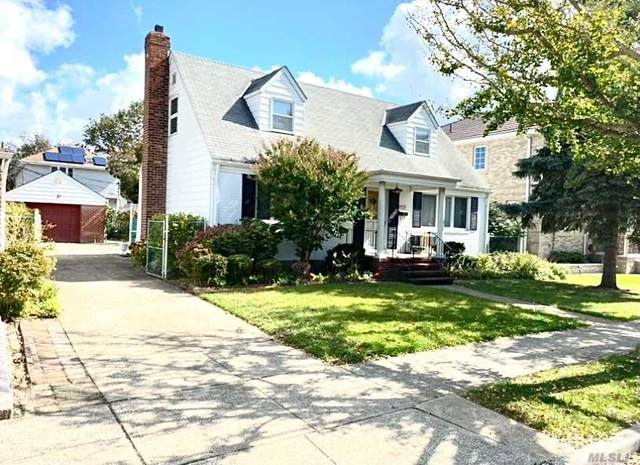 79-15 263 Street, Floral Park, NY 11004 (MLS #3258661) :: Frank Schiavone with William Raveis Real Estate