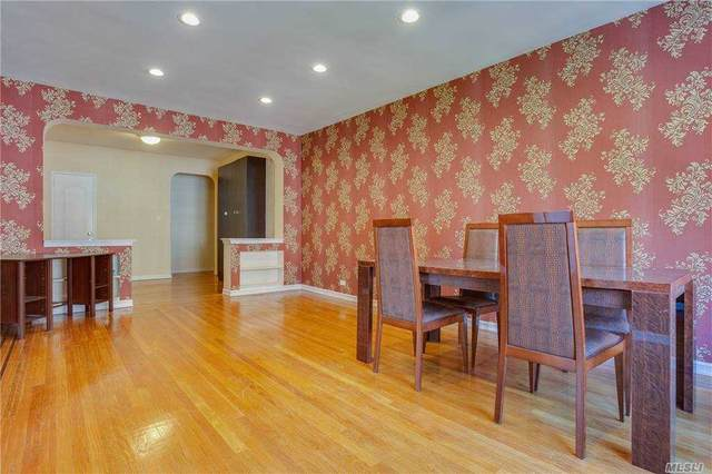 69-11 Yellowstone Boulevard A44, Forest Hills, NY 11375 (MLS #3259320) :: McAteer & Will Estates | Keller Williams Real Estate