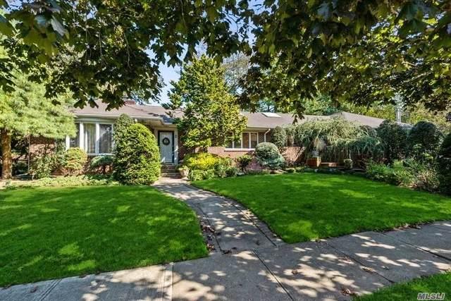 9 Heyward Lane, Rockville Centre, NY 11570 (MLS #3259899) :: Nicole Burke, MBA | Charles Rutenberg Realty