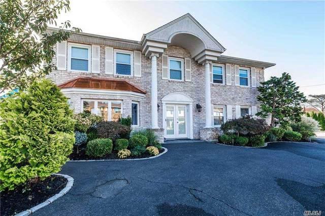 3195 Wynsum Avenue, Merrick, NY 11566 (MLS #3261115) :: Nicole Burke, MBA | Charles Rutenberg Realty