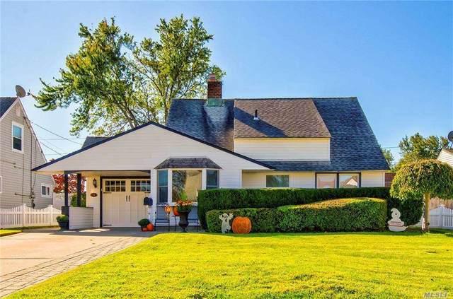44 Pewter Lane, Hicksville, NY 11801 (MLS #3261488) :: Nicole Burke, MBA | Charles Rutenberg Realty