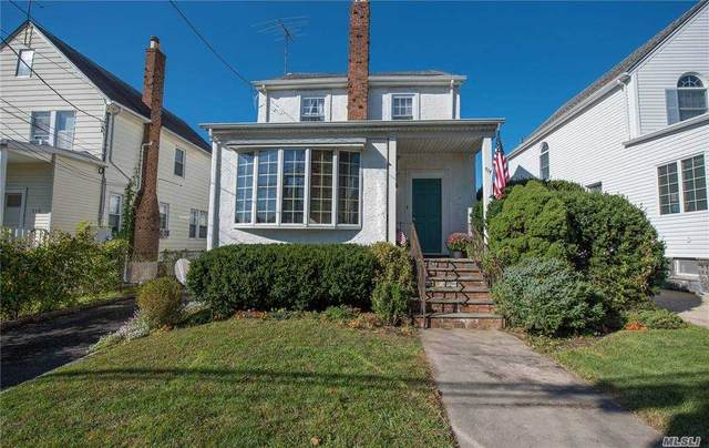 517 Marcellus Road, Williston Park, NY 11596 (MLS #3261634) :: Nicole Burke, MBA | Charles Rutenberg Realty