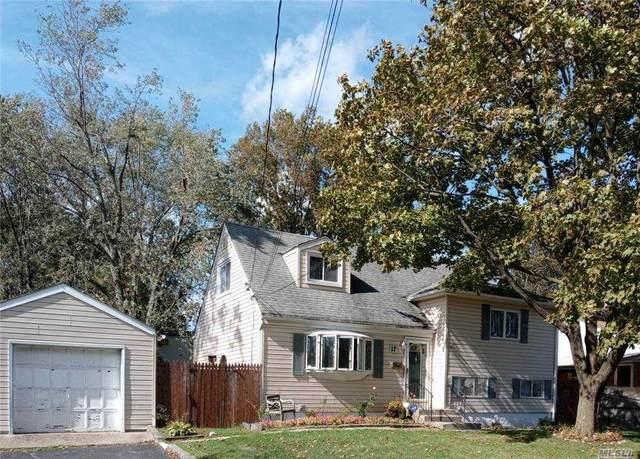 17 Sibley Place, Huntington Sta, NY 11746 (MLS #3261762) :: Nicole Burke, MBA   Charles Rutenberg Realty