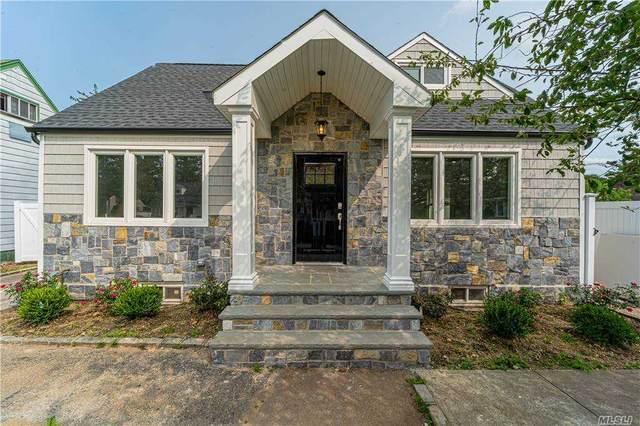 11 Prince St, Hicksville, NY 11801 (MLS #3262473) :: Nicole Burke, MBA | Charles Rutenberg Realty