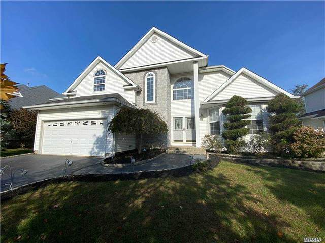 9 Blueberry Ridge Dr, Holtsville, NY 11742 (MLS #3262574) :: Signature Premier Properties