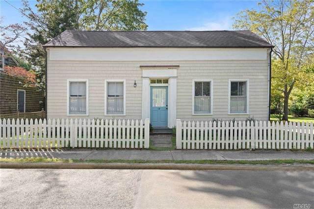 59 Howard St, Sag Harbor, NY 11963 (MLS #3262817) :: William Raveis Baer & McIntosh
