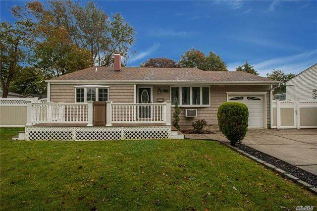 3119 New London Avenue, Medford, NY 11763 (MLS #3262994) :: Nicole Burke, MBA | Charles Rutenberg Realty