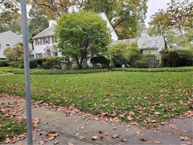 6 Banbury Rd, Rockville Centre, NY 11570 (MLS #3263019) :: Nicole Burke, MBA | Charles Rutenberg Realty