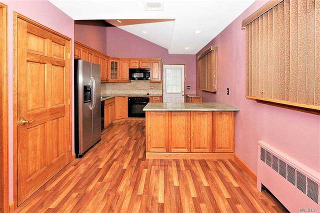 12 Hall Court, Farmingdale, NY 11735 (MLS #3263123) :: Kendall Group Real Estate | Keller Williams