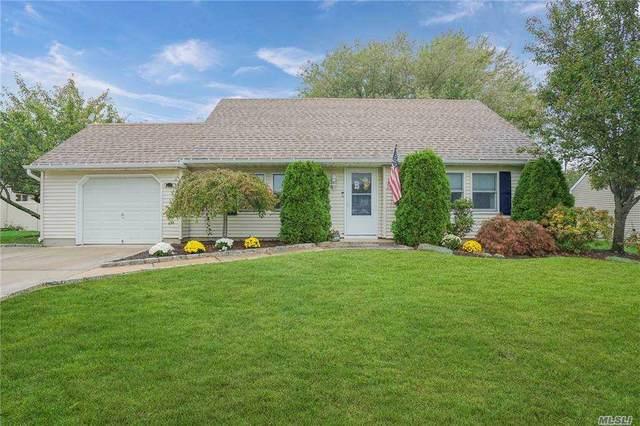 5 Woodbrook Drive, Ridge, NY 11961 (MLS #3263267) :: Kendall Group Real Estate | Keller Williams