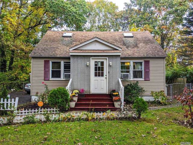 167 Shinnecock Ave, Mastic, NY 11950 (MLS #3263410) :: William Raveis Baer & McIntosh