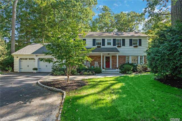 8 Heritage Court, Cold Spring Hrbr, NY 11724 (MLS #3263458) :: The Home Team