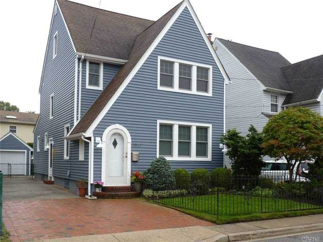 2691 Magee Place, Oceanside, NY 11572 (MLS #3263554) :: Live Love LI