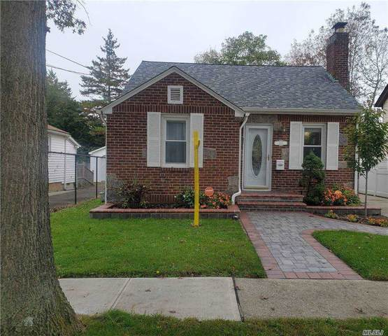 820 New St, Uniondale, NY 11553 (MLS #3263663) :: Kevin Kalyan Realty, Inc.