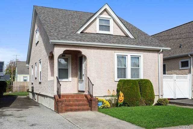 1004 Russell St, Franklin Square, NY 11010 (MLS #3263712) :: Kevin Kalyan Realty, Inc.
