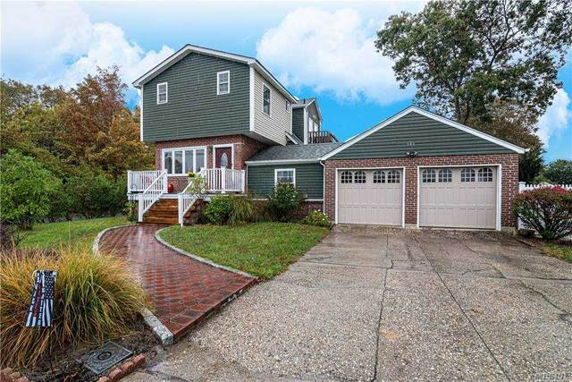 943 Grundy Avenue, Holbrook, NY 11741 (MLS #3263792) :: Live Love LI