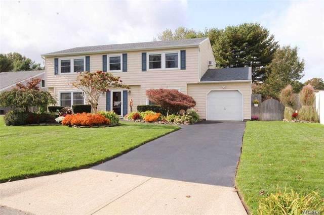 8 Drake Avenue, Bellport, NY 11713 (MLS #3264031) :: Nicole Burke, MBA | Charles Rutenberg Realty